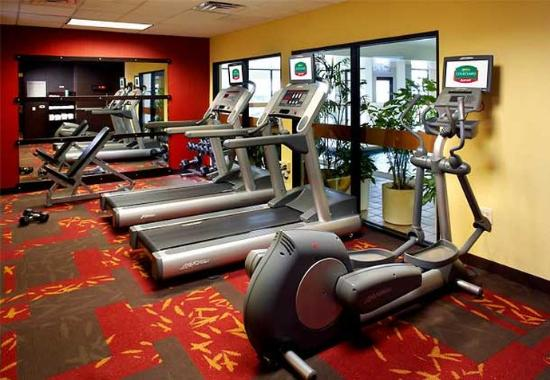 Courtyard by Marriott Lynchburg: Fitness Center