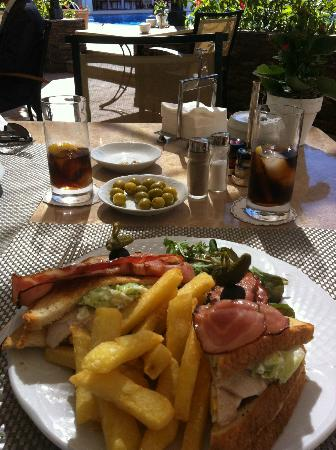 Hotel Los Monteros: This was the bar food. Quite pricey but huge portions!