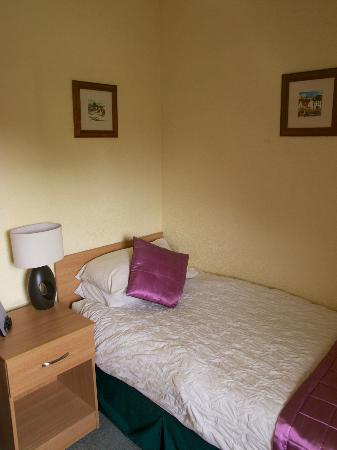 Kirklea Guest House