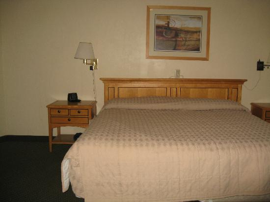 Presidents' City Inn: Room 38