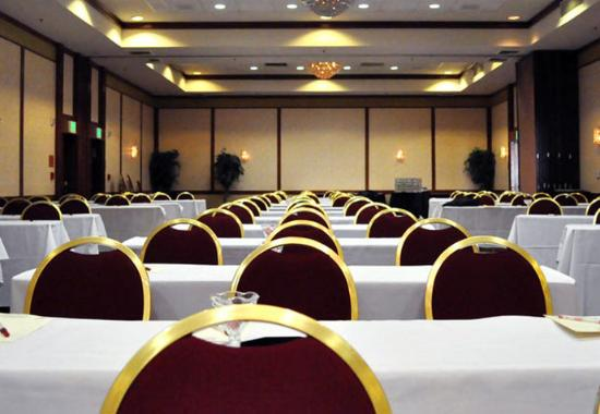 Fullerton Marriott at California State University: Grand Ballroom