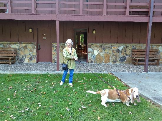 Carter Caves State Resort: Grandma and Chaps in front of dog friendly room 260