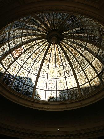 Threadneedles Hotel, Autograph Collection: Dome above lounge area