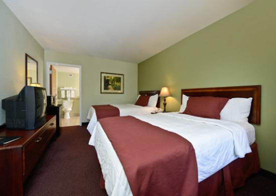 Econo Lodge at Thousand Hills: guest room