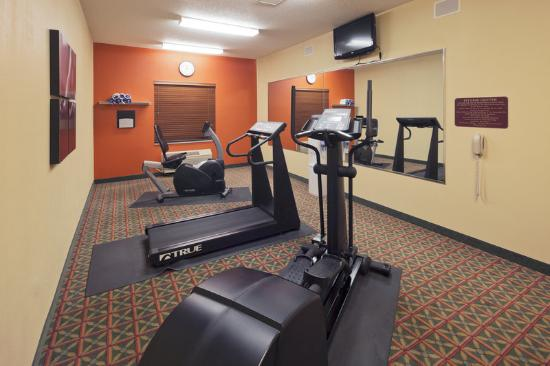 Country Inn &amp; Suites Dayton South: CountryInn&amp;Suites DaytonSouth FitnessRoom