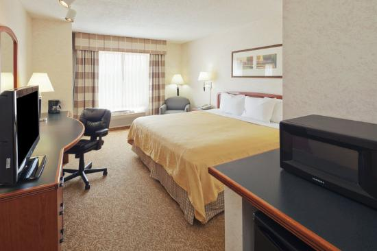 Country Inn &amp; Suites Dayton South: CountryInn&amp;Suites DaytonSouth GuestRoom