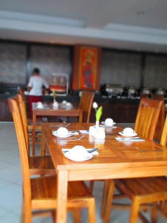 BEST WESTERN Resort Kuta: Restaurant Ambrosia where we had buffet breakfast