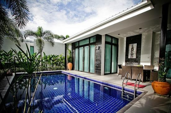 Black Lotus Villas Hua Hin