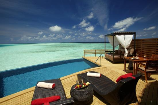 Baros Maldives: Baros Pool Water Villa