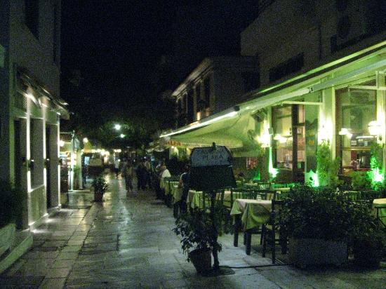 Adonis Hotel: Plaka restaurants