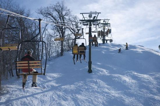 Grand Geneva Resort & Spa: The Mountain Top Ski Hill