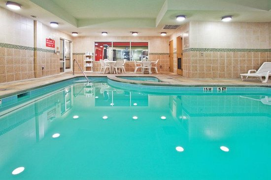 Country Inn & Suites LaGrange: CountryInn&Suites LaGrange Pool
