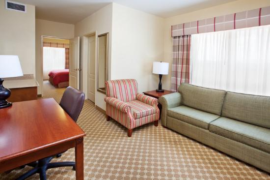Country Inn & Suites LaGrange: CountryInn&Suites LaGrange Suite