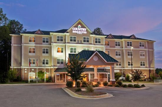 Country Inn & Suites LaGrange: CountryInn&Suites LaGrange ExteriorNight