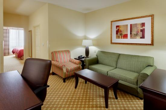 Country Inn &amp; Suites By Carlson, College Station: CountryInn&amp;Suites CollegeStation Suite