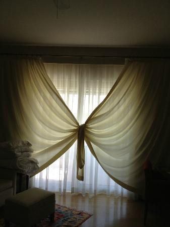Barut Lara Resort Spa & Suites: A new way of drawing the curtains!