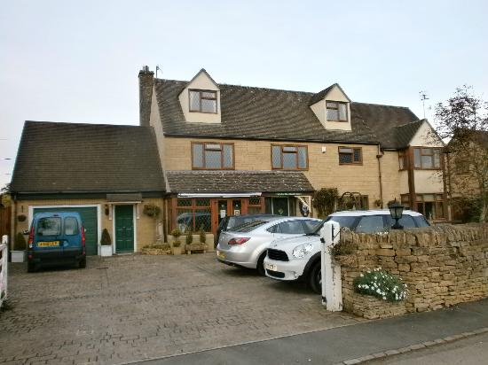 Meadow Rise Guest House: Frrront of B&B