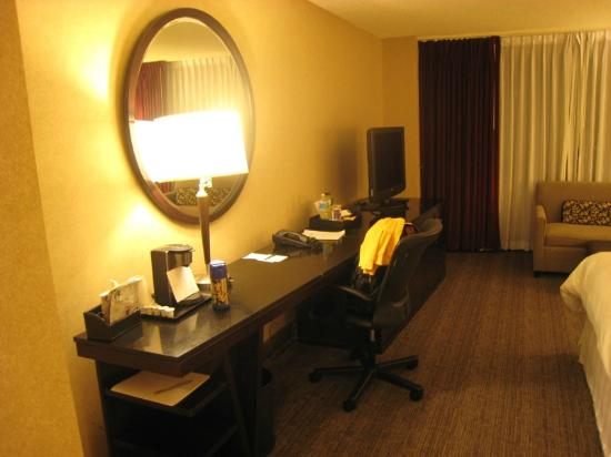 The Westin Los Angeles Airport: Westin LAX - bedroom