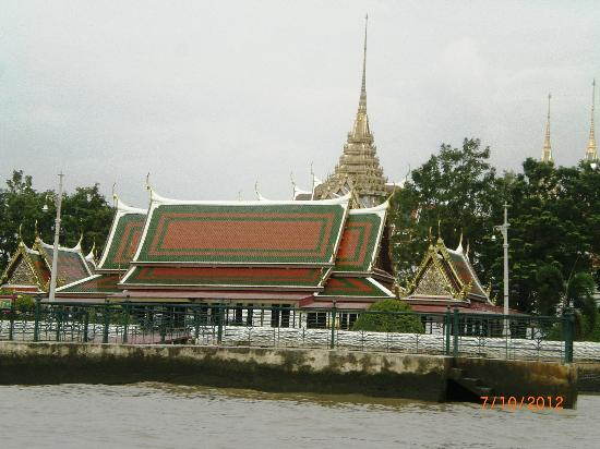 Photo de chao phraya river grand palace wat phra kew