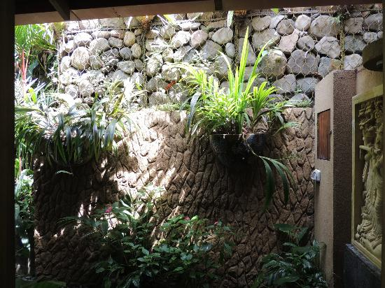 Cascadas Farallas Waterfall Villas: One of the zen showers