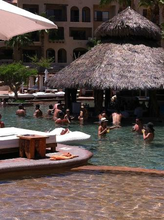 ME Cabo: Nikki Beach Pool
