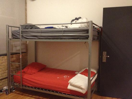 Urban Holiday Lofts: Room for 5 person (Right)