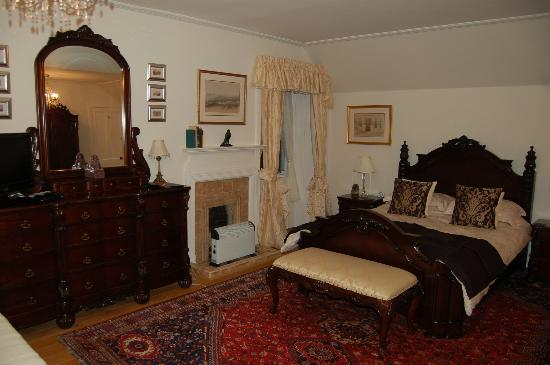 Balmuirfield House: Bedroom