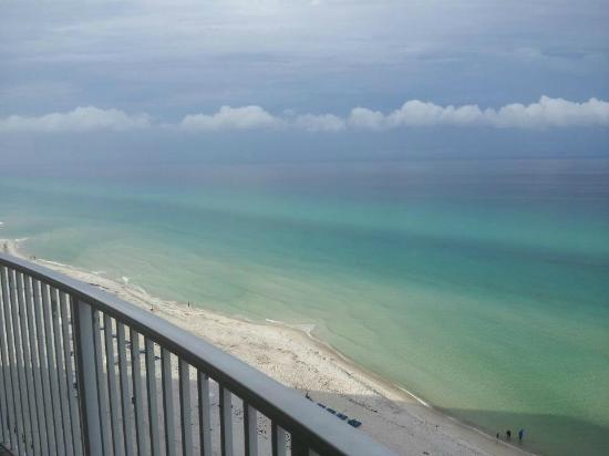 Emerald Isle Resort and Condominiums: 12th floor balcony view!