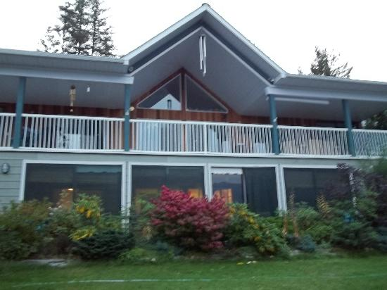 Water's Edge Bed and Breakfast