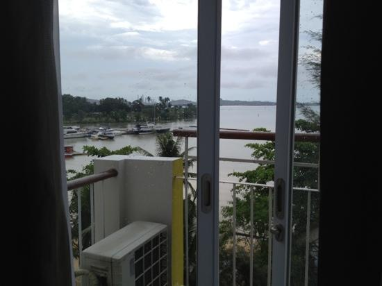 HARRIS Resort Batam Waterfront: trendy wing sea view