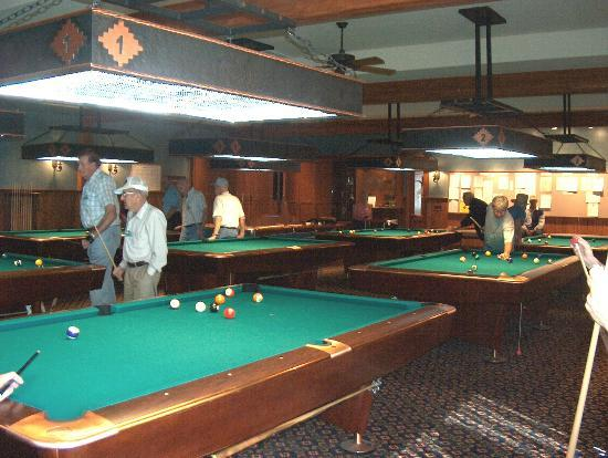 Mesa Spirit RV Resort: Pool Hall