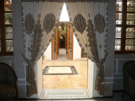 Riad Les Trois Cours: view through to courtyard