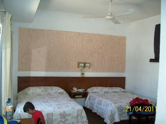 Zacatecas Courts Motel