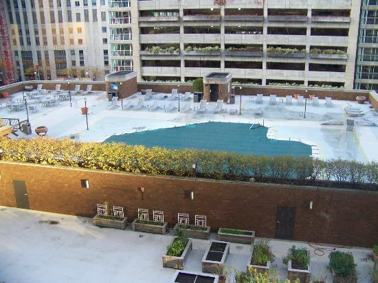 Doubletree by Hilton Chicago Magnificent Mile: View of rooftop pool as it was being closed up