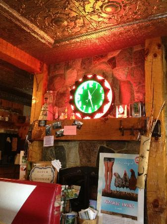 Grand Marais, MI: The house part of the restaurant which is attached to the diner car.