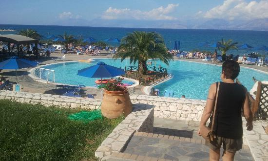 Agios Spyridonas, Yunani: sea view from family rooms