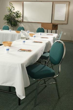 Mohawk Residence and Conference Centre: Meeting Space Available