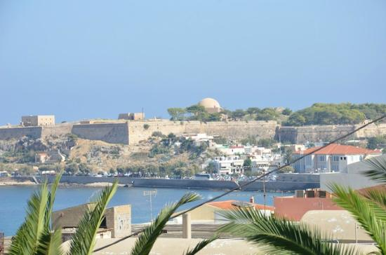 Macaris Suites & Spa: view across towards the old town