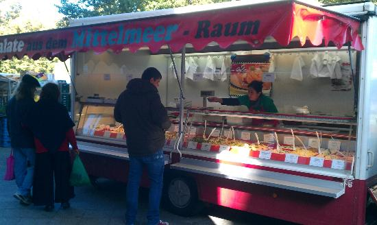 Salad bar food truck picture of turkish market berlin for Food truck bar