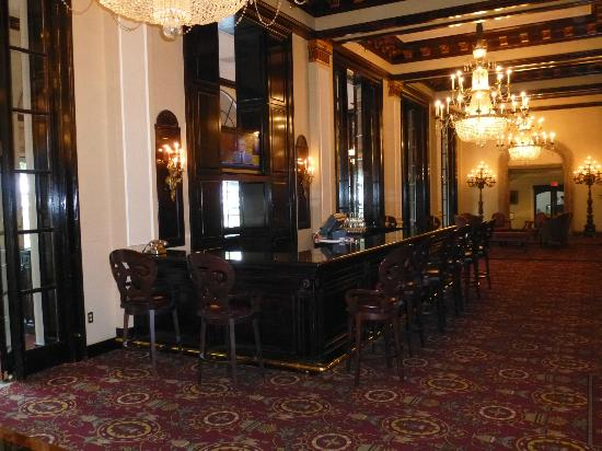 The St. Anthony, a Luxury Collection Hotel, San Antonio: St. Anthony Riverwalk - Lobby