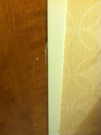 Crowne Plaza Columbus North: White gunk on bathroom door (I'm not touching it)