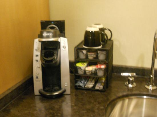 The Hotel at Arundel Preserve: Wonderful coffee-making IN ROOM