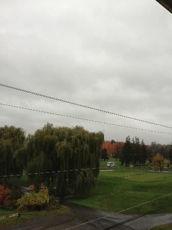 Hudson Valley Resort and Spa: Cloudy Beautiful Day overlooking Golf Course