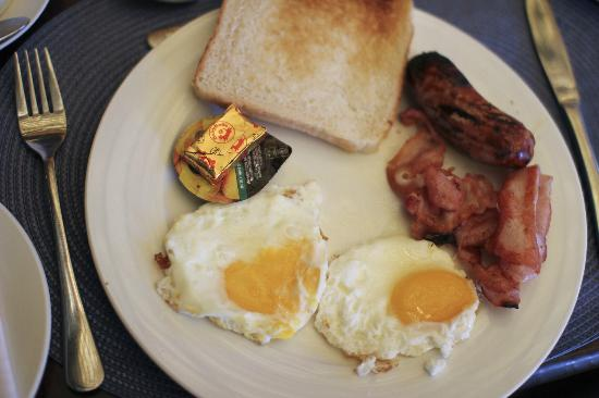 Uxolo Guesthouse Johannesburg: English breakfast