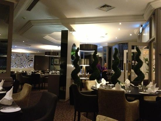 DoubleTree by Hilton Hotel Sheffield Park: restaurant