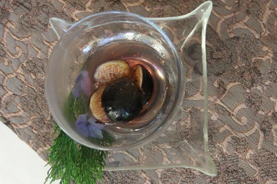 ThistleDown House: Breakfast 8 October 2012 - Black Figs in Port Wine