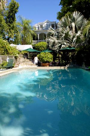 Simonton Court Historic Inn and Cottages : Pool side