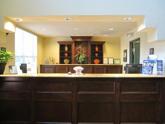 BEST WESTERN PLUS First Coast Inn & Suites: Helpful Front Desk