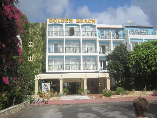 Golden Beach Hotel: our room was second floor lovely sunny spot