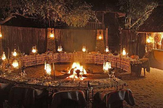 Idube Private Game Reserve: Boma Dinner